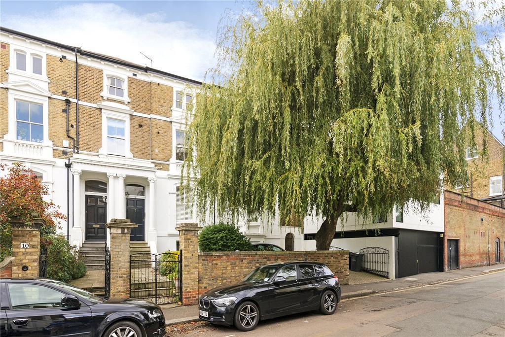 2 Bedrooms Flat for sale in Marlborough Road, Richmond, Surrey