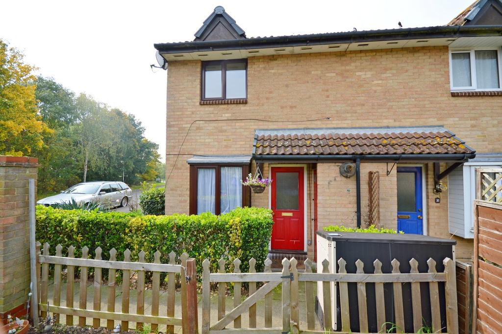 1 Bedroom Terraced House for sale in Bennions Close, Hornchurch, Essex, RM12