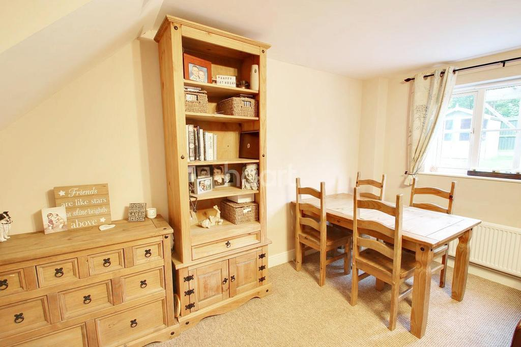 3 Bedrooms End Of Terrace House for sale in Turnstone Drive