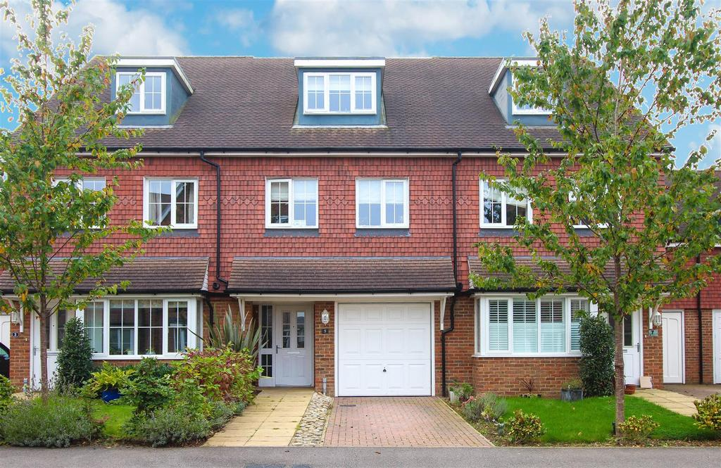 3 Bedrooms Terraced House for sale in Brick Lane, Cuckfield