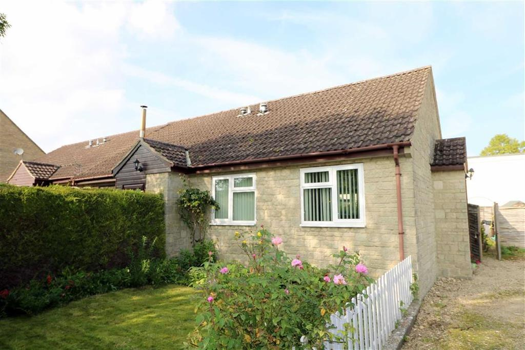 1 Bedroom Semi Detached Bungalow for sale in 4, The Mews, Malmesbury