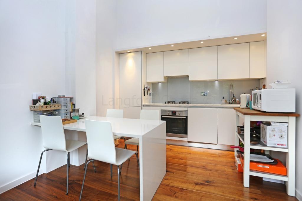 1 Bedroom Duplex Flat for sale in Archway Road, London, N6