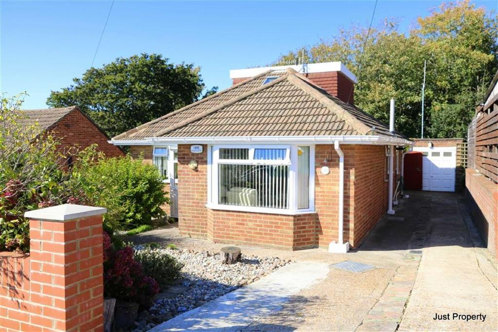 3 Bedrooms Detached Bungalow for sale in Westminster Crescent, Hastings