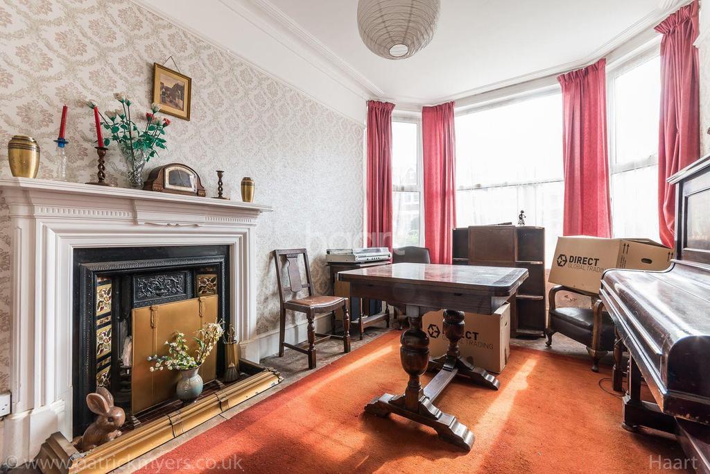 4 Bedrooms Semi Detached House for sale in Waveney Avenue, Nunhead, London, SE15