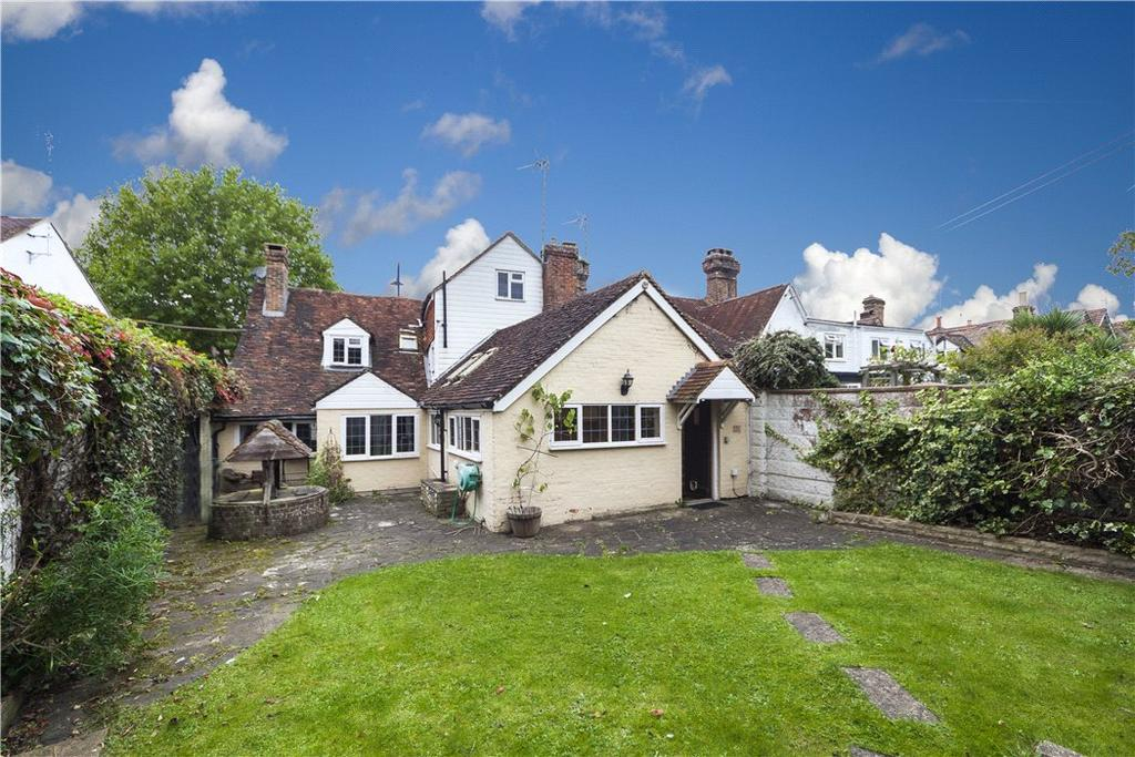 5 Bedrooms Detached House for sale in High Street, Billingshurst, West Sussex, RH14