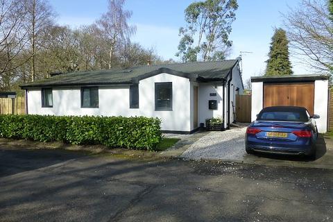 3 bedroom detached bungalow to rent - Bowdon, Altrincham