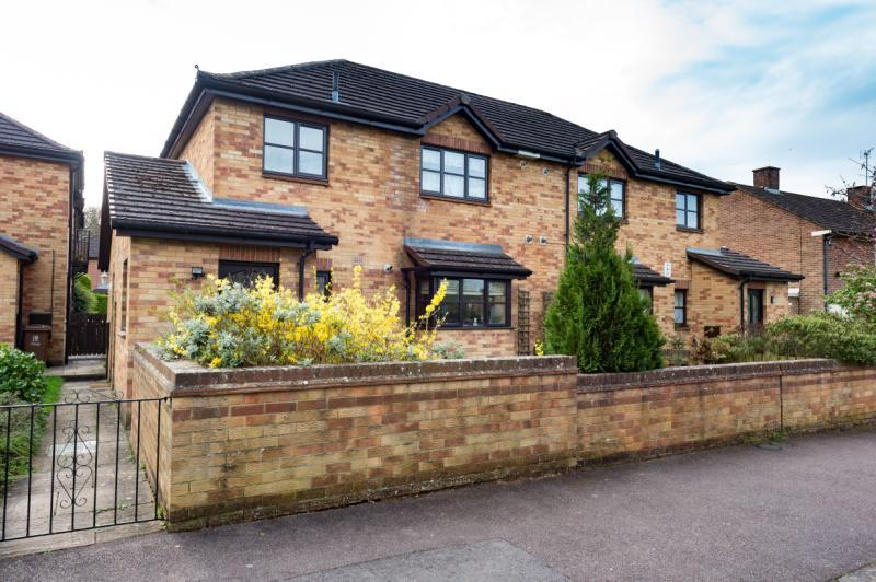 1 Bedroom Apartment Flat for sale in Chillingworth Court, Nuffield Road, Oxford, Oxfordshire