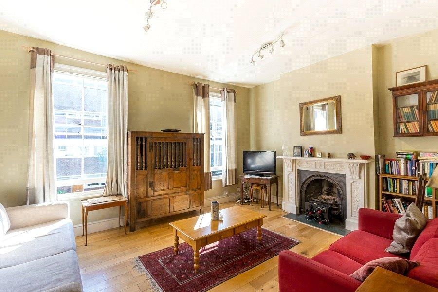 2 Bedrooms Flat for sale in Marlborough Road, Archway, London, N19