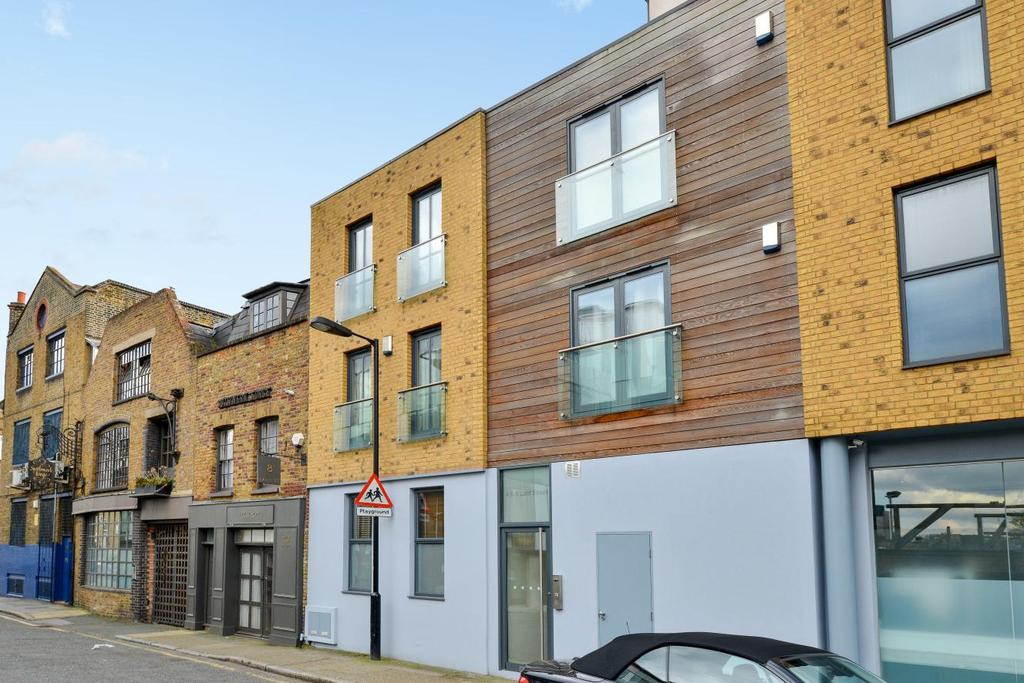 2 Bedrooms Flat for sale in Lant Street, Borough