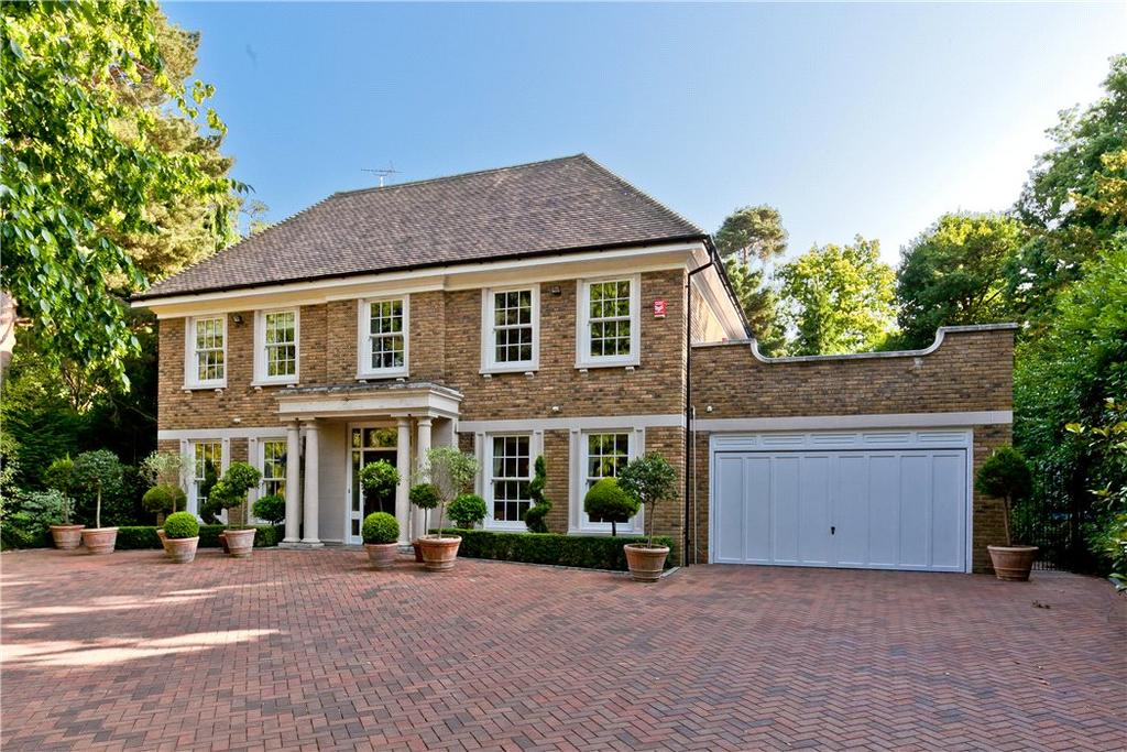 6 Bedrooms Detached House for sale in Granville Close, St George's Hill, Weybridge, KT13