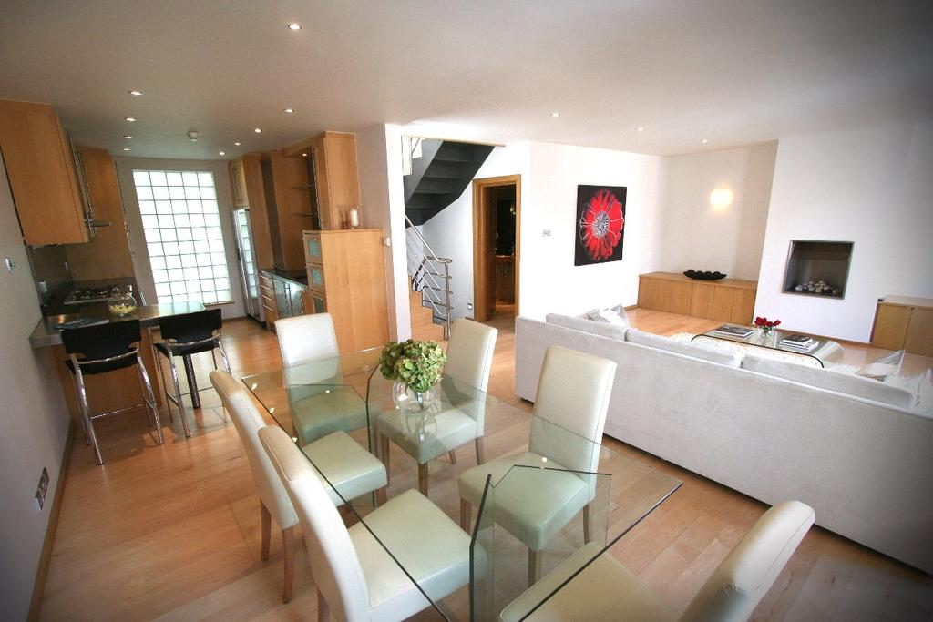 3 Bedrooms Mews House for sale in Eton Garages, Lambolle Place, London, NW3