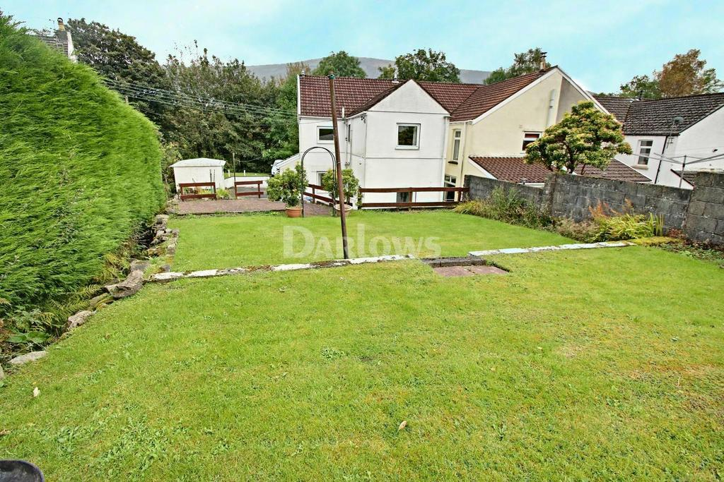 3 Bedrooms End Of Terrace House for sale in Victoria, West Side, Blaina, Blaenau Gwent
