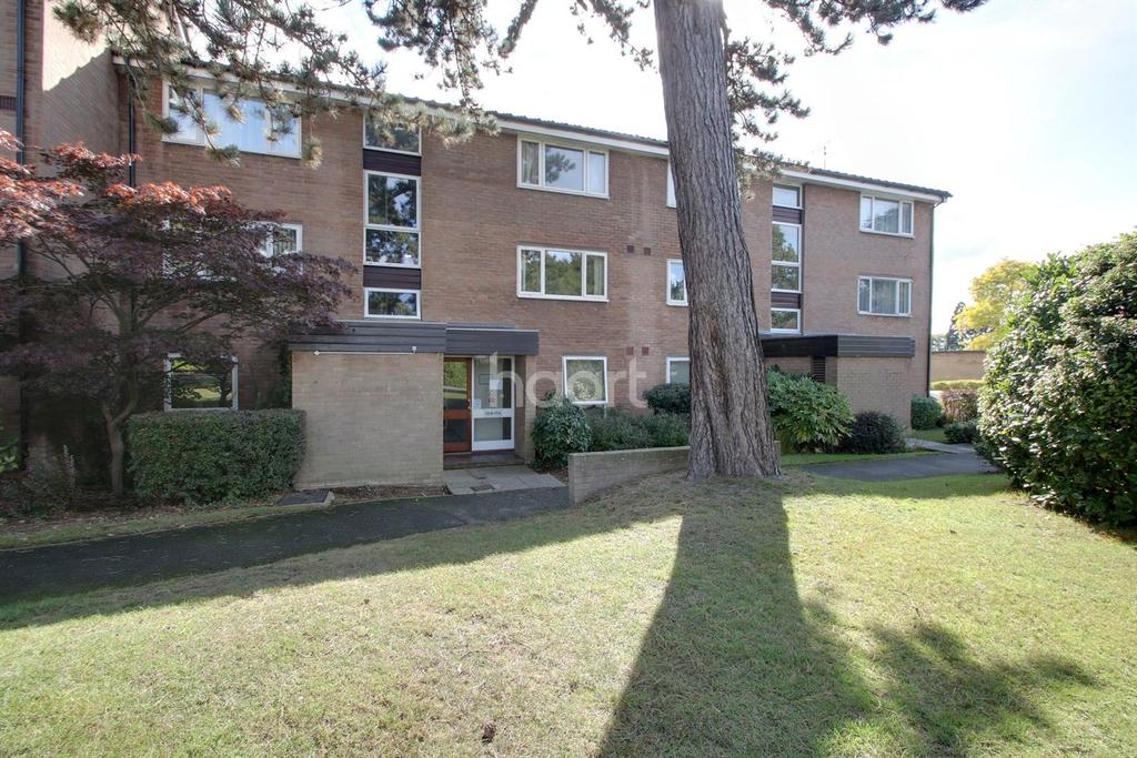 1 Bedroom Flat for sale in Chichester Road, Croydon, CR0