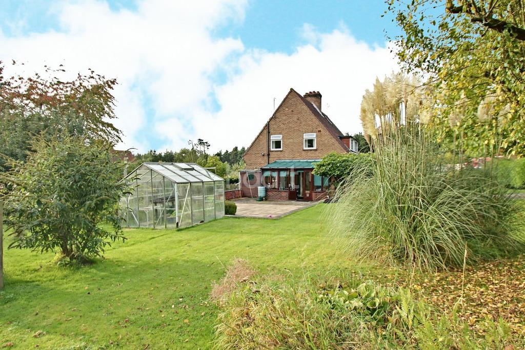 3 Bedrooms Semi Detached House for sale in Laughton, Gainsborough, Lincolnshire