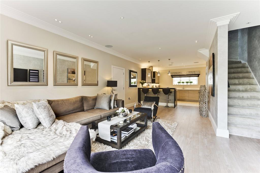 2 Bedrooms House for sale in Manor Road, Walton-on-Thames, KT12