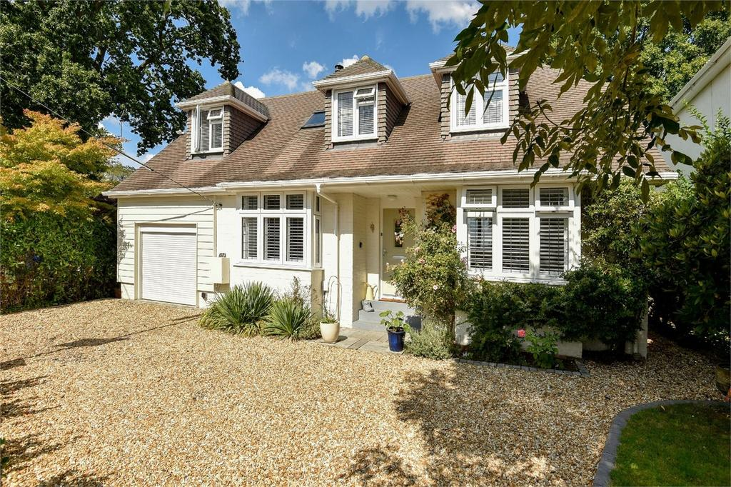 3 Bedrooms Detached House for sale in Pine Road, Hiltingbury, Chandler's Ford, Hampshire