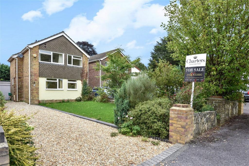 3 Bedrooms Detached House for sale in Oakwood Avenue, Otterbourne, Winchester, Hampshire