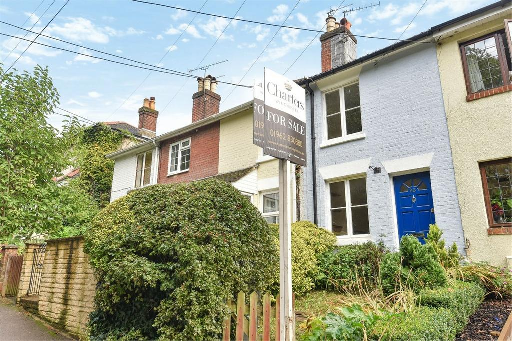 2 Bedrooms Terraced House for sale in Church Road, Bishopstoke, Eastleigh, Hampshire