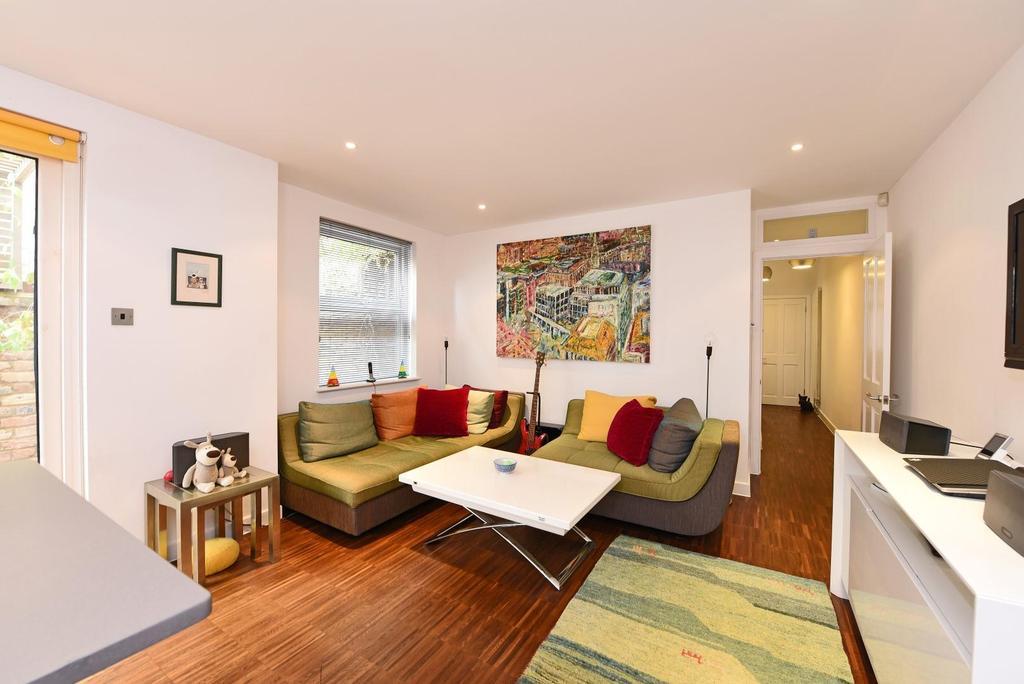 2 Bedrooms Apartment Flat for sale in Felsham Road, Putney