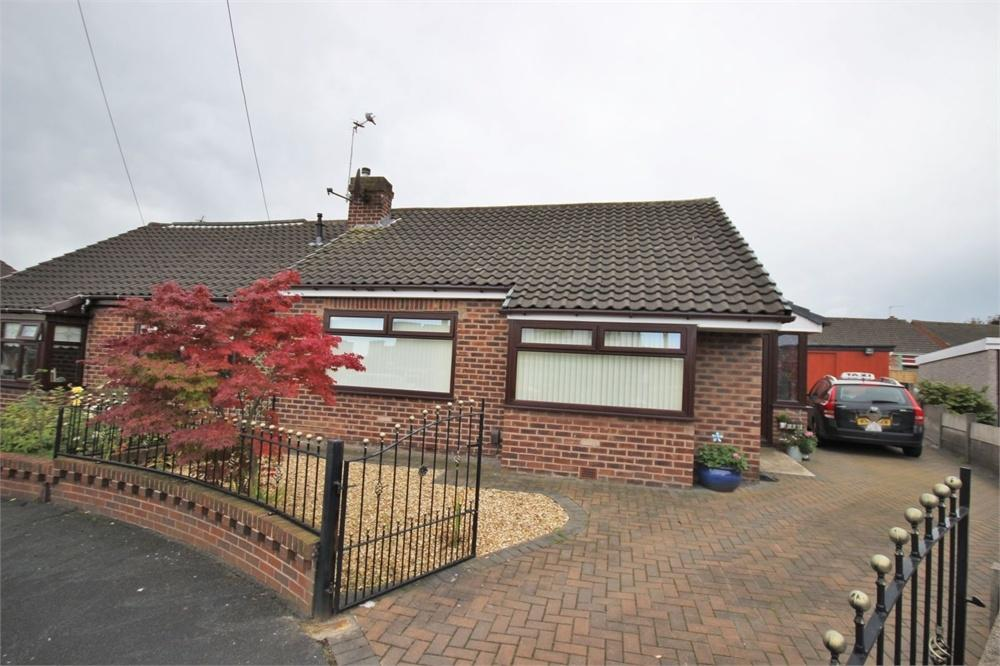 2 Bedrooms Semi Detached Bungalow for sale in Elkan Close, WIDNES, Cheshire