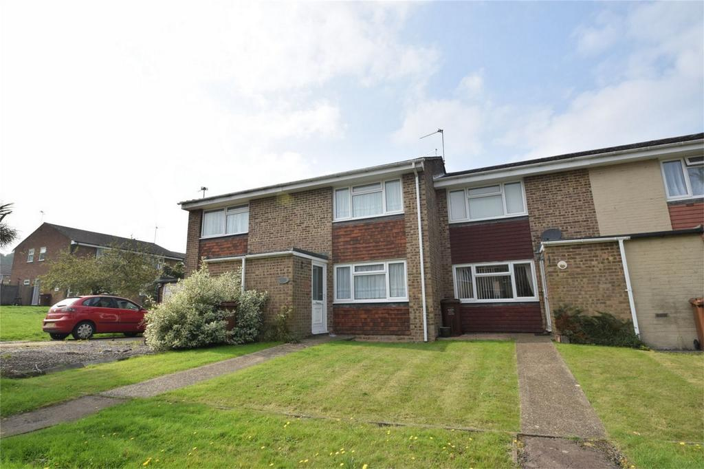 2 Bedrooms Terraced House for sale in Clandon Road, Lordswood, Kent