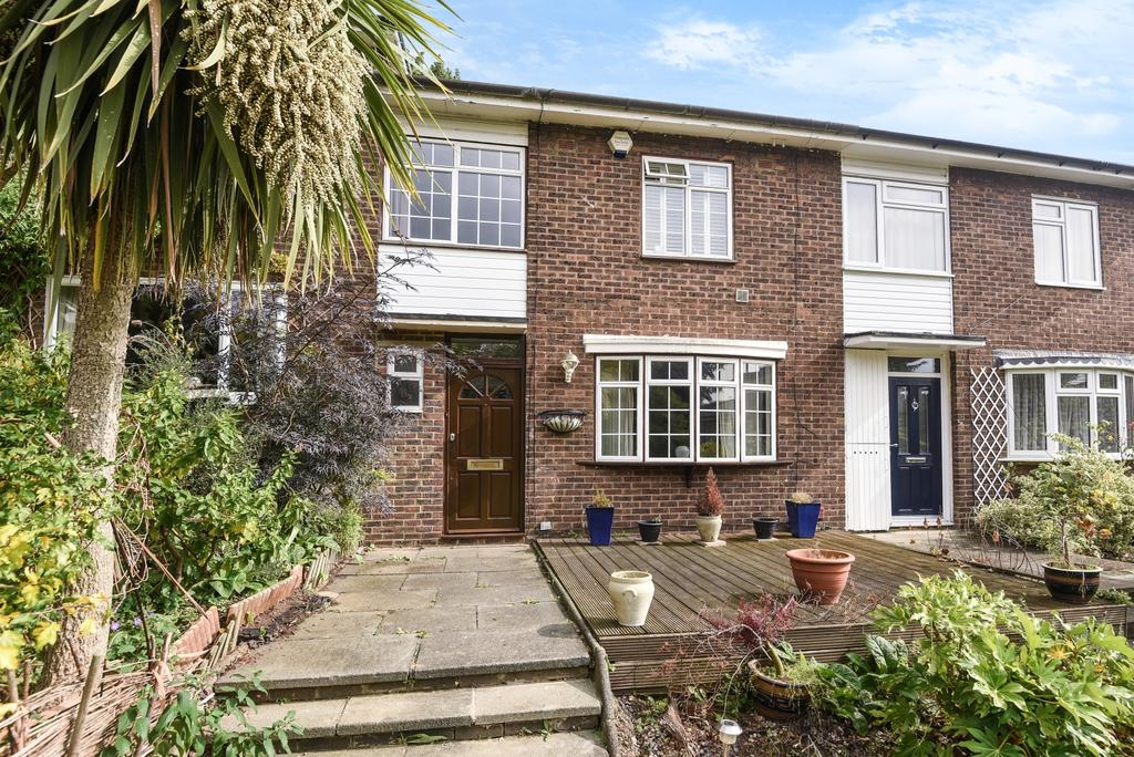 4 Bedrooms Terraced House for sale in Pagoda Gardens London SE3