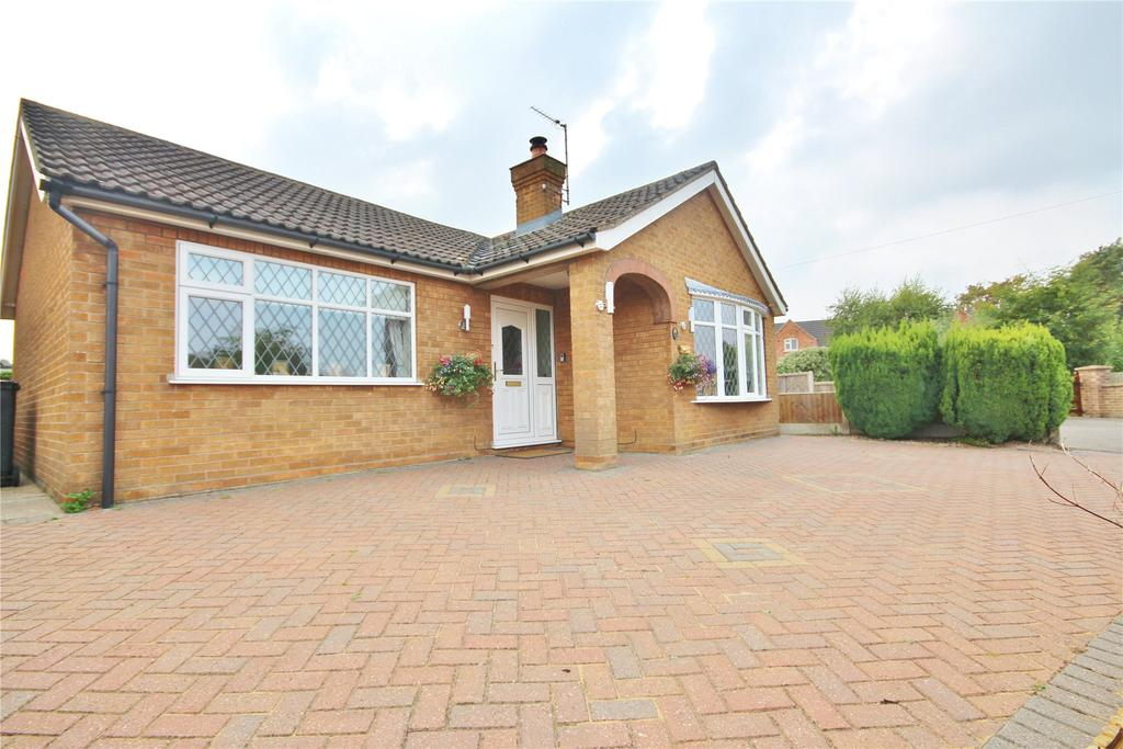3 Bedrooms Detached Bungalow for sale in Ryland Road, Dunholme, LN2