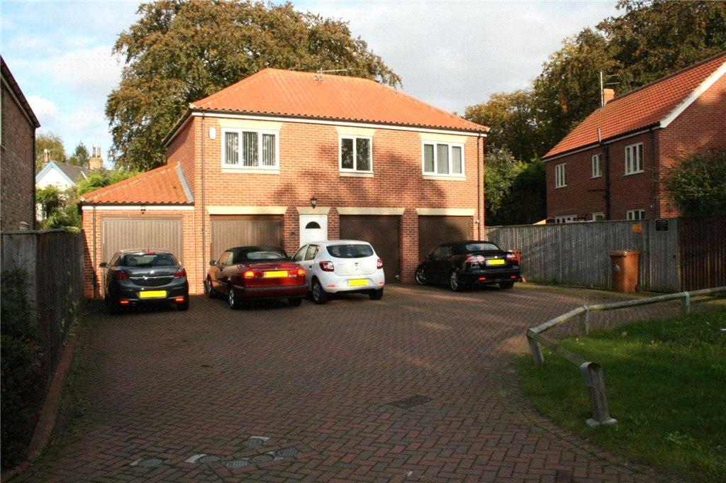 2 Bedrooms Flat for sale in Osprey Drive, Great Coates, DN37