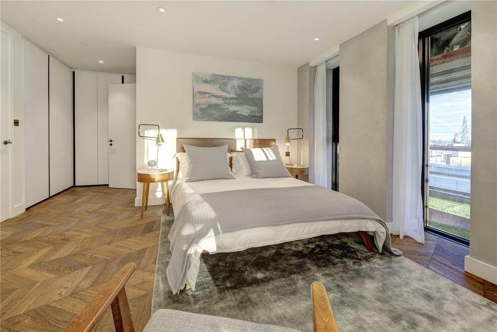 3 Bedrooms Apartment Flat for sale in Hexagon Apartments, Parker Street, WC2B