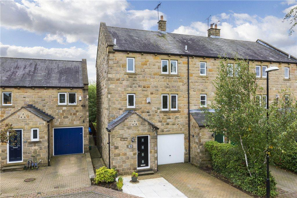 4 Bedrooms Semi Detached House for sale in Grosvenor Mews, Rawdon, Leeds, West Yorkshire