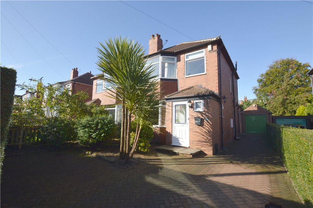 3 Bedrooms Semi Detached House for sale in Cross Gates Avenue, Leeds, West Yorkshire