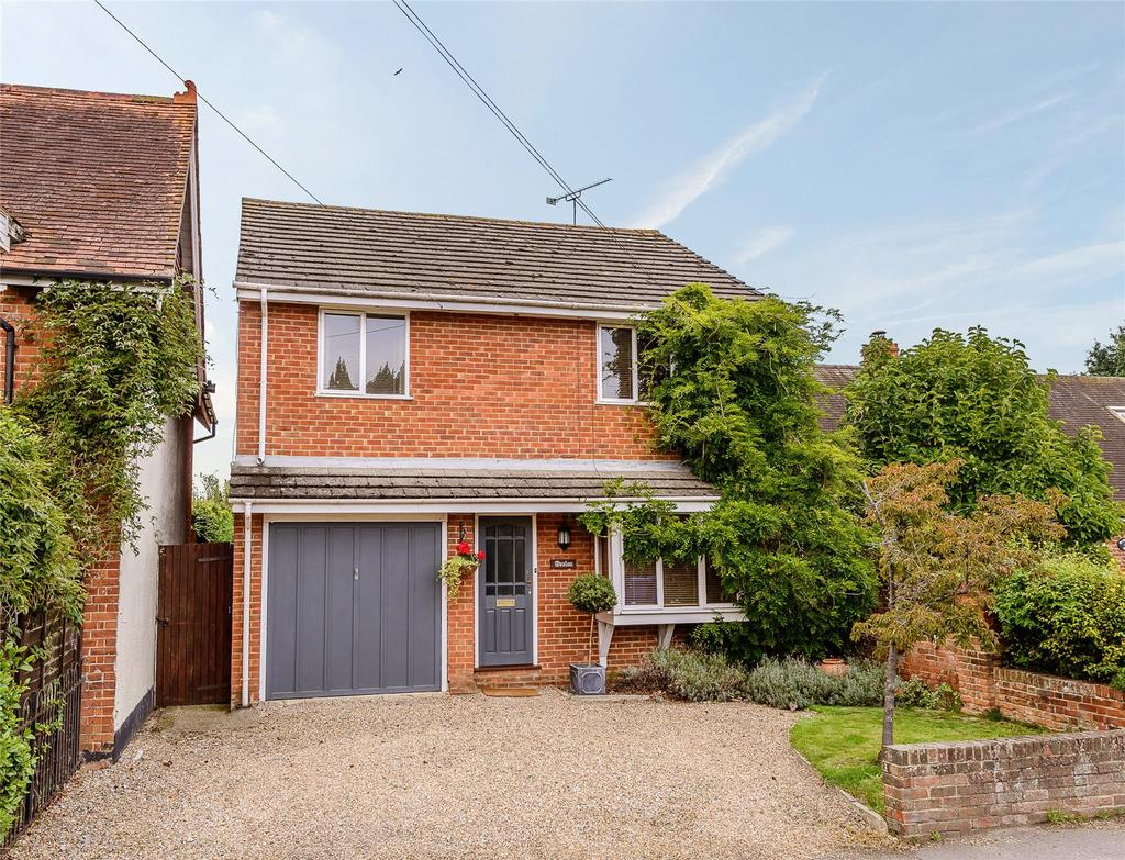 4 Bedrooms Detached House for sale in Bracknell Road, Brockhill, Bracknell, Berkshire