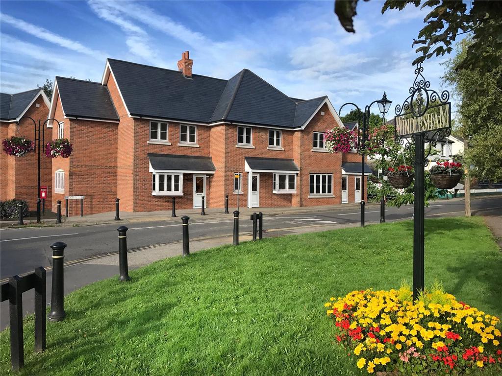 1 Bedroom Flat for sale in Updown Hill, Windlesham, Surrey