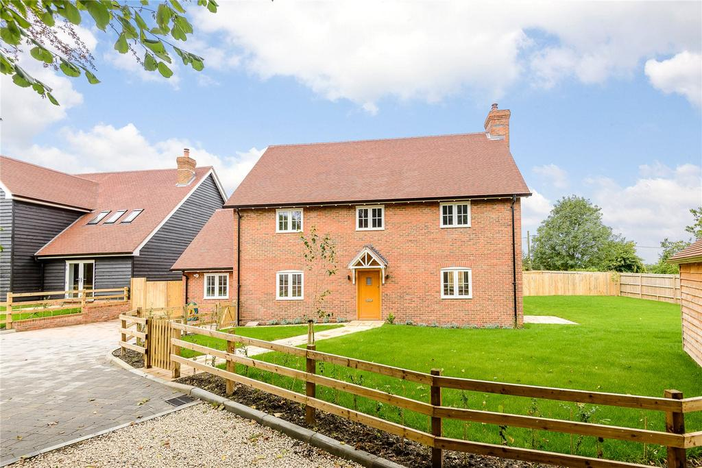 4 Bedrooms Detached House for sale in Manor Farm, Woodhill Lane, Hook, Hampshire