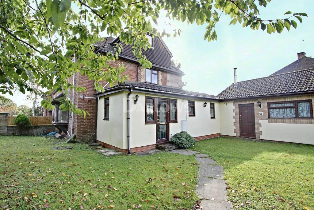 4 Bedrooms End Of Terrace House for sale in Festiniog Road, Llandaff North