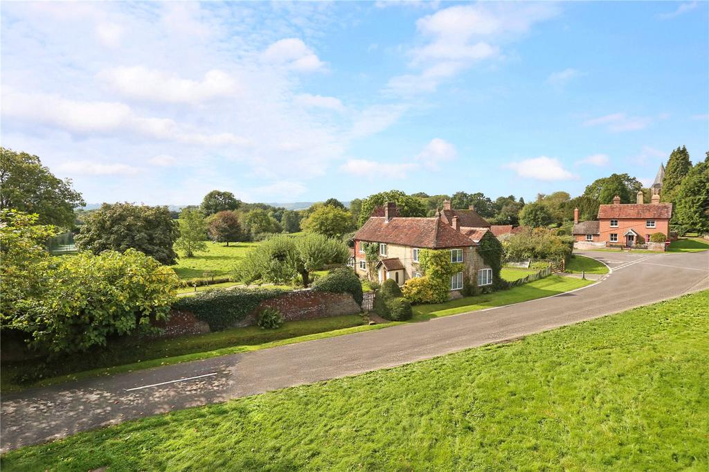4 Bedrooms Detached House for sale in The Green, Fernhurst, Haslemere, Surrey, GU27