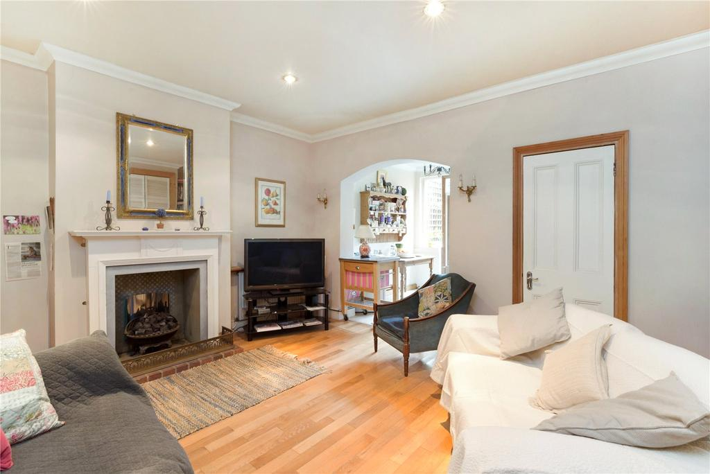 3 Bedrooms Terraced House for sale in Kingwood Road, Fulham, London, SW6