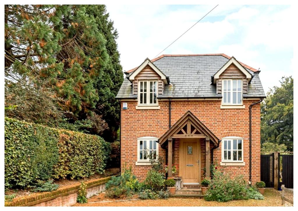 3 Bedrooms Detached House for sale in Lockerley Green, Lockerley, Romsey, Hampshire, SO51