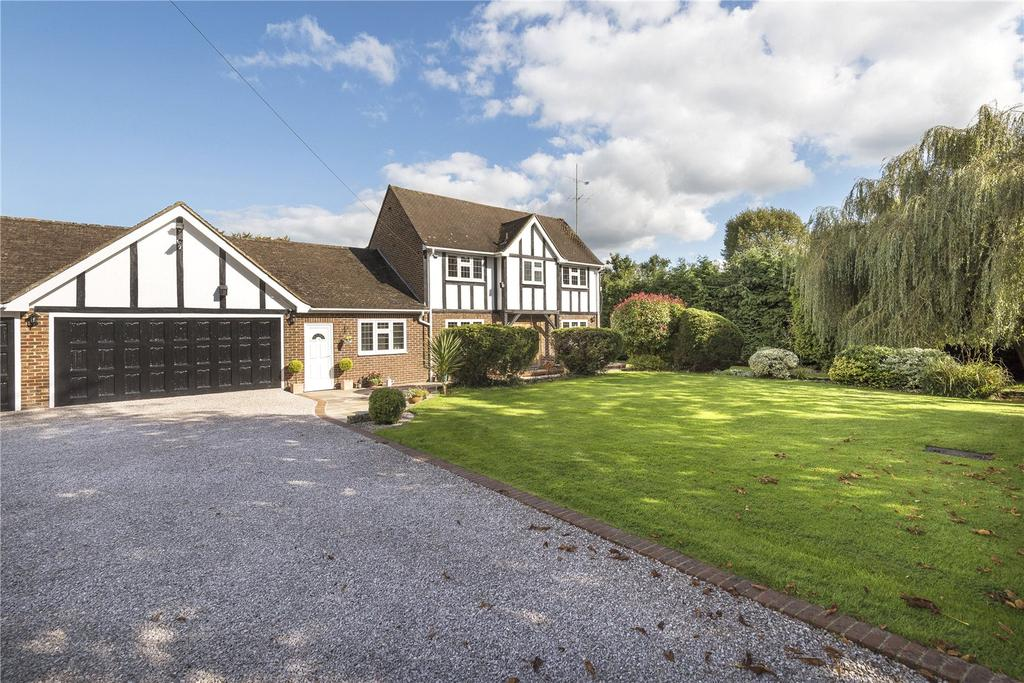 5 Bedrooms Detached House for sale in Carlton Road, South Godstone, Godstone, Surrey, RH9