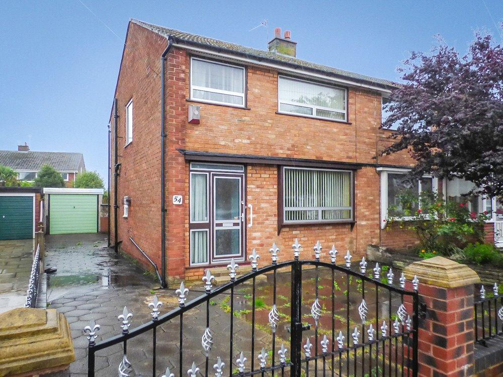 3 Bedrooms Semi Detached House for sale in Ledbury Road, Blackpool, Lancashire
