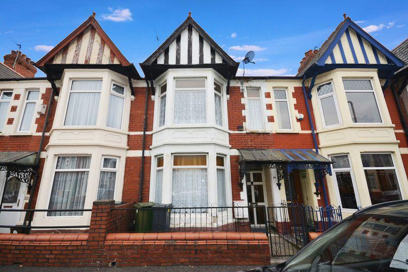 4 Bedrooms Terraced House for sale in Dinas Street, Grangetown, Cardiff