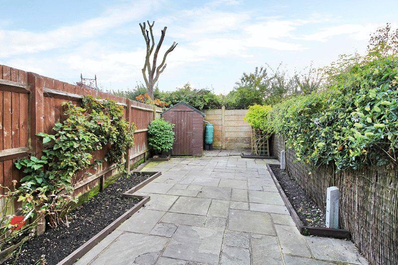 1 Bedroom Maisonette Flat for sale in Shelley Drive, Broadbridge Heath