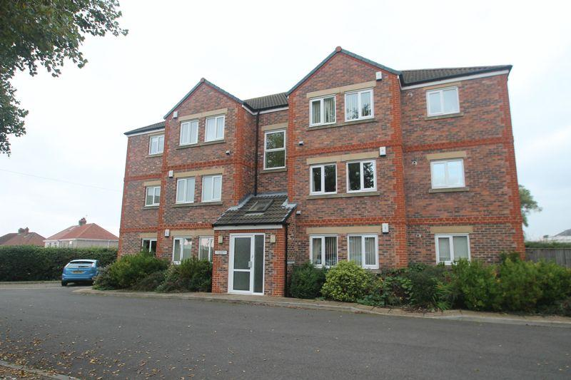 2 Bedrooms Apartment Flat for sale in Monksfield, Billingham