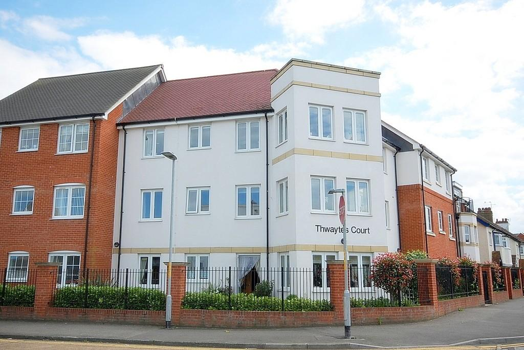 2 Bedrooms Retirement Property for sale in Thwaytes Court, Minster Drive