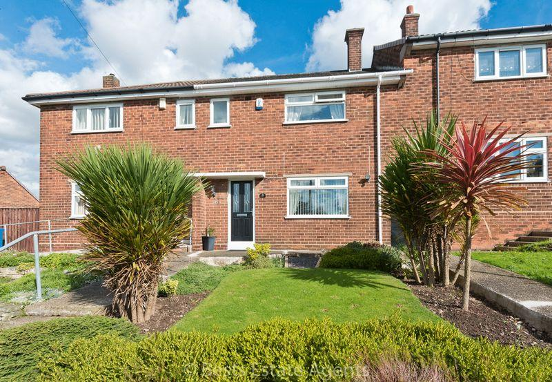 1100 Bedrooms Terraced House for sale in Clayton Crescent, Runcorn