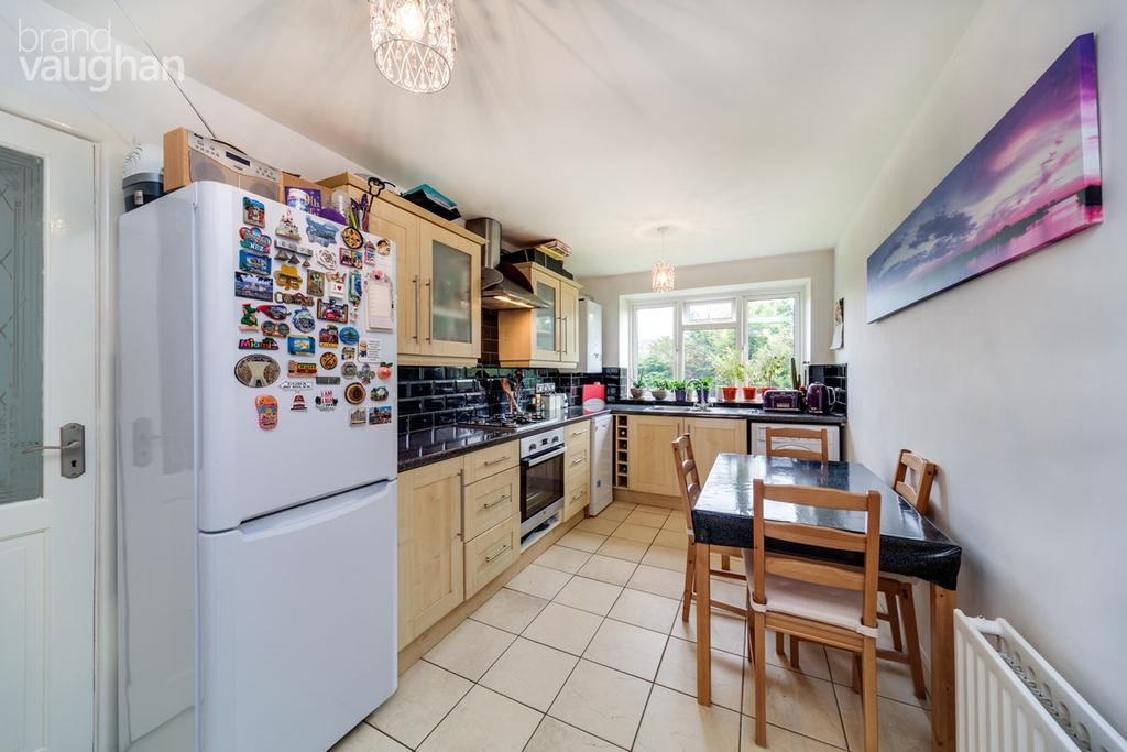 2 Bedrooms Apartment Flat for sale in Nevill Road, Hove, BN3
