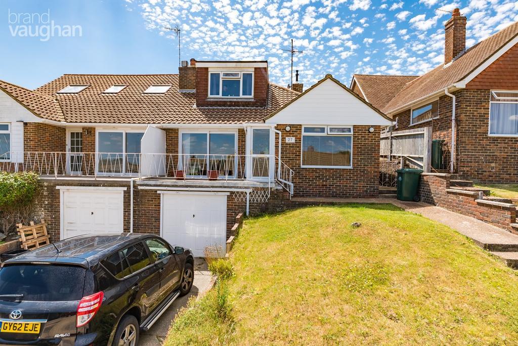 4 Bedrooms Semi Detached House for sale in Westdene Drive, Brighton, BN1