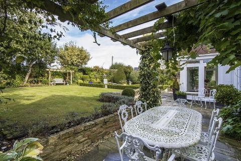 4 bedroom cottage for sale - Tredington, Warwickshire