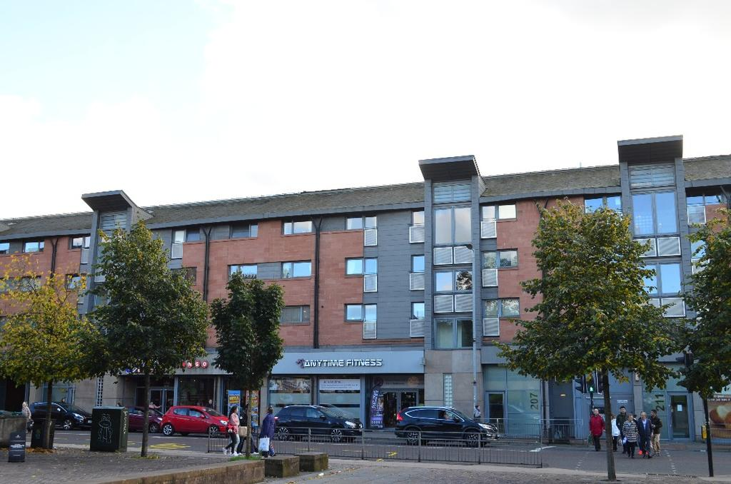 3 Bedrooms Flat for sale in Dumbarton Road, Flat 2/1, Partick, Glasgow, G11 6AA
