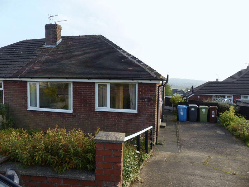 2 Bedrooms Semi Detached Bungalow for sale in Bedford Avenue, Oldham